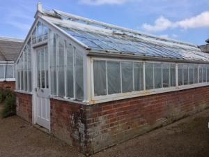 Glasshouse Repairs (15)